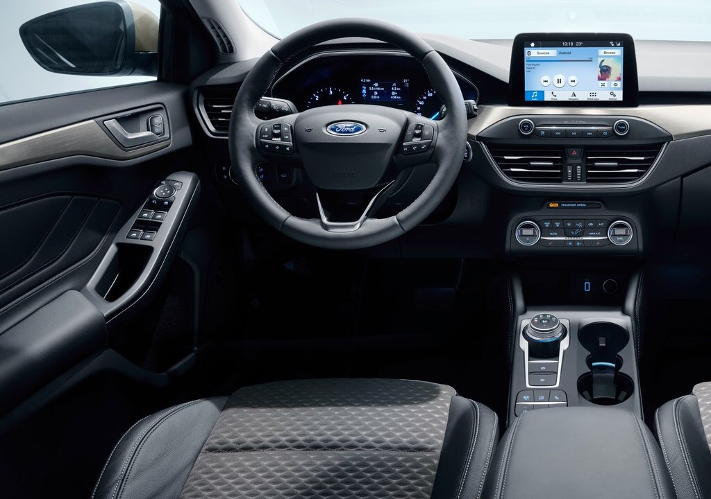 Ford Focus 4 interior