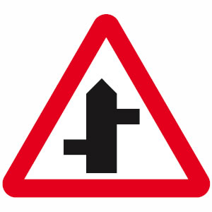 Staggered junction sign